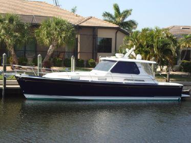 Sabre Yachts 42 Express