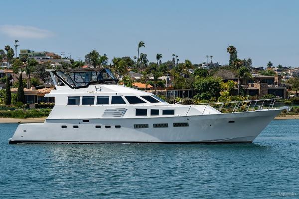 yacht pics  hokulani palmer johnson yachts motor yacht
